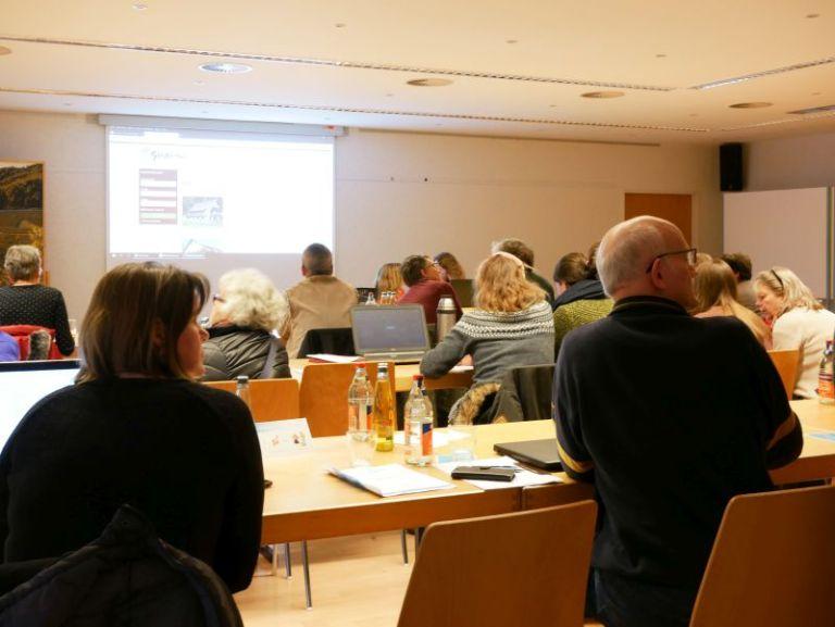 Schulungsraum mit Teilnehmern